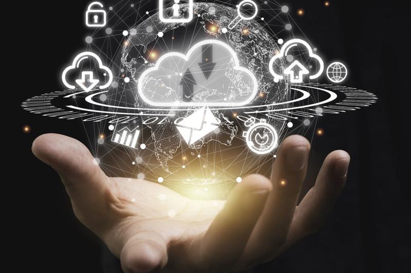 Keskitetty lokienhallinta ja SIEM tietoturvan tiedustelujoukkona